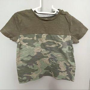 5/$20🤍Camo t-shirt